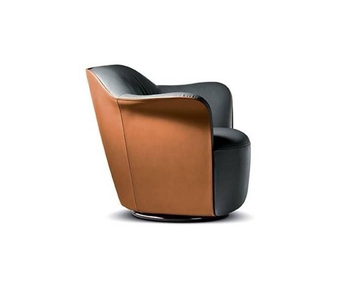 La poltrona Aida è disponibile nel nostro negozio online anche in pronta consegna. La poltrona Aida è l'elemento ideale per l'arredamento di design.